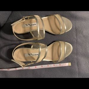 Nina Gold Colored Sandals With Heel